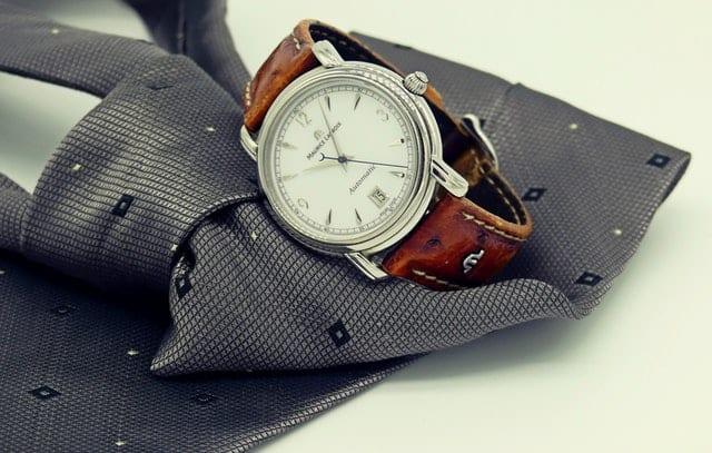 Gave til kæresten - Gave til ham - Lækkert ur eller en accesorie - Find en kæreste