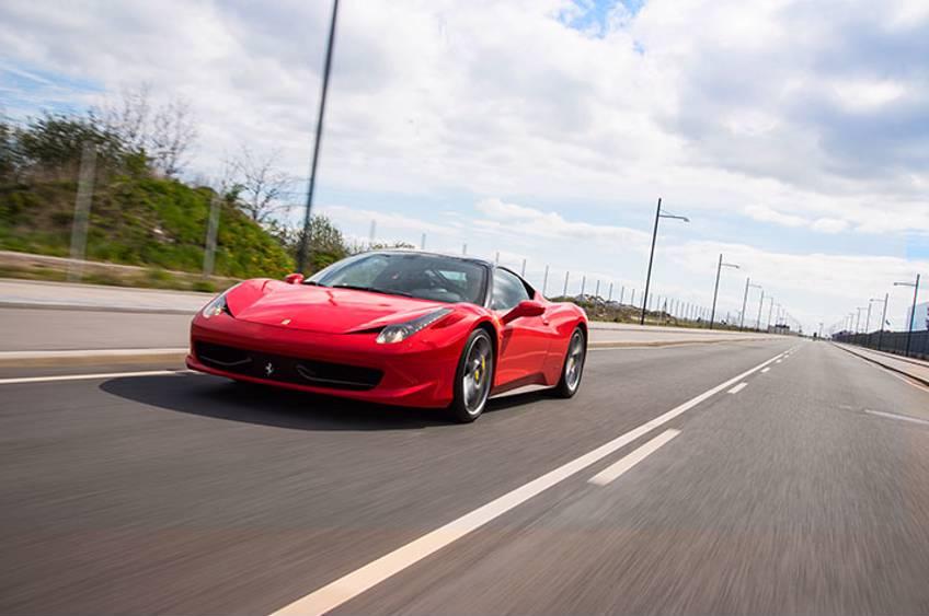 Tur i Ferrari - Gave til kæresten