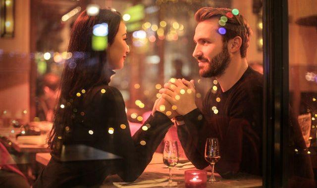 Samtaleemner til første date