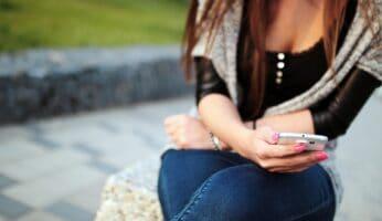 Sådan flirter du over SMS